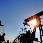 Курс нефти превысил отметку 64 доллара за баррель и продолжает рост