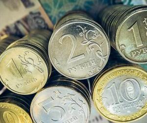 Рублю не хватает сил для роста, отток денег из ОФЗ настораживает
