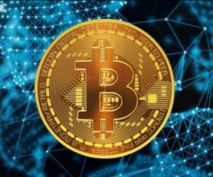 Курс биткоина не остановил рост из-за уязвимости сети EOS