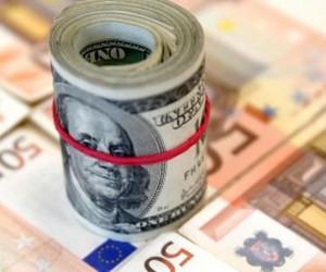 Курс евро заметил итальянский кризис и упал
