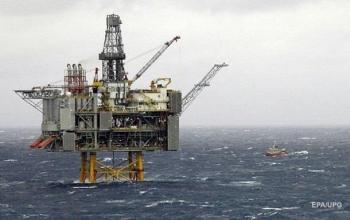 Цены на нефть ускорили падение на данных из США