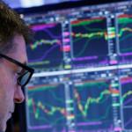 Российский фондовый рынок ушел вниз следом за нефтью