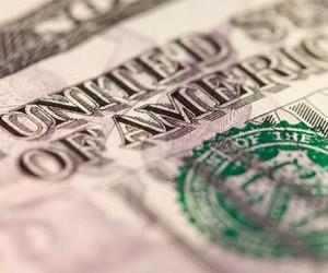 Доллар становится головной болью не только валютных рынков
